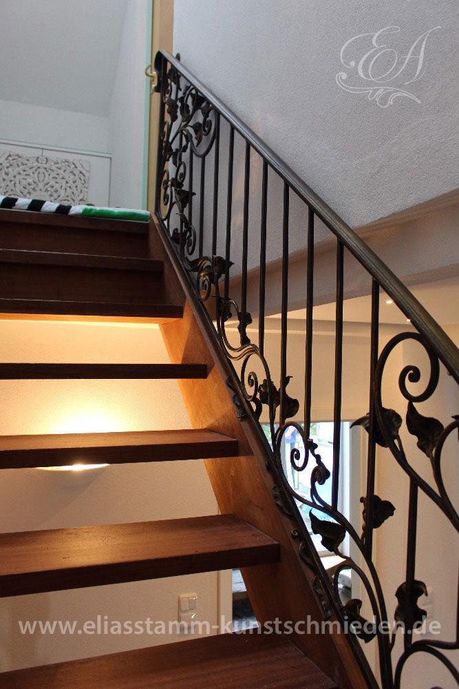 treppengel nder innen aus schmiedeeisen. Black Bedroom Furniture Sets. Home Design Ideas