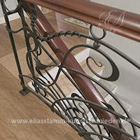 Geschmiedete Treppen mit Holzhandlauf # Art.-Nr. 02-01-07