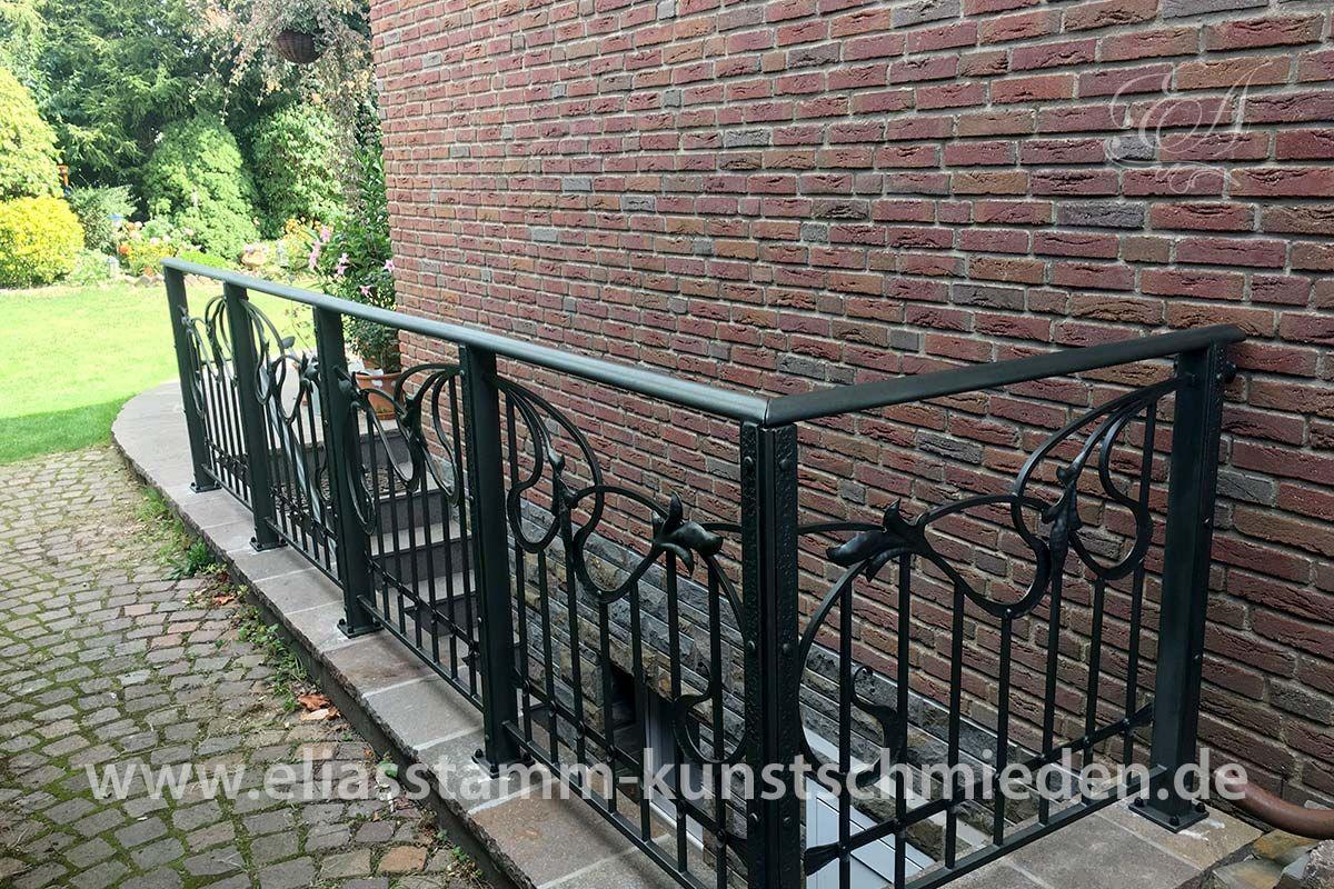 Außengeländer mit Handlauf für eine Treppe